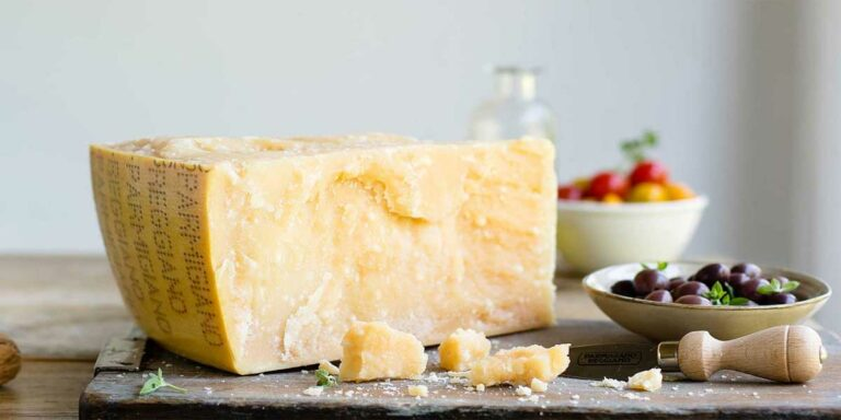 Best Parmesan Cheese – Sliced And Grated
